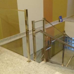 Guarda corpo vidro para escada